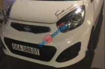 Cần bán xe Kia Morning 1.25 sản xuất năm 2013, màu trắng, nhập khẩu xe gia đình