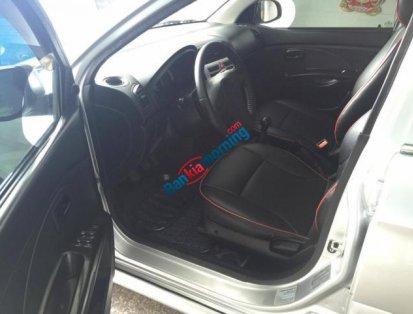Xe Kia Morning LX đời 2013, màu bạc số sàn